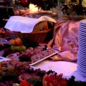 impreza-firmowa-dekoracje-catering-14 - dla firm - bankietowa strzelnica